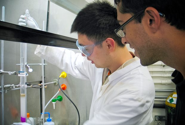 Chemists create first envelopes for artificial life