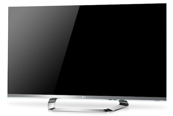 LG Cinema Screen 3D TV packs 1mm bezel and dual-view for gaming