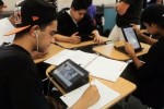 Motorola challenges Apple with tablets in the classroom