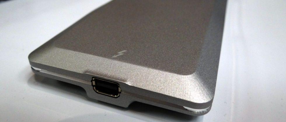 OCZ Lightfoot SSD packs Thunderbolt