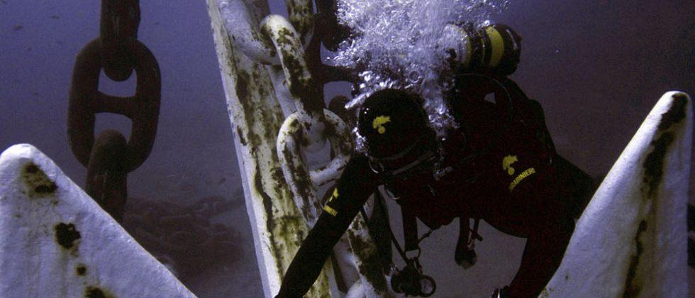 Costa Concordia wreck caught in HD photos underwater