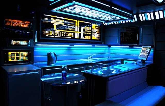 Star Trek apartment costs $150K, gets ruined in divorce