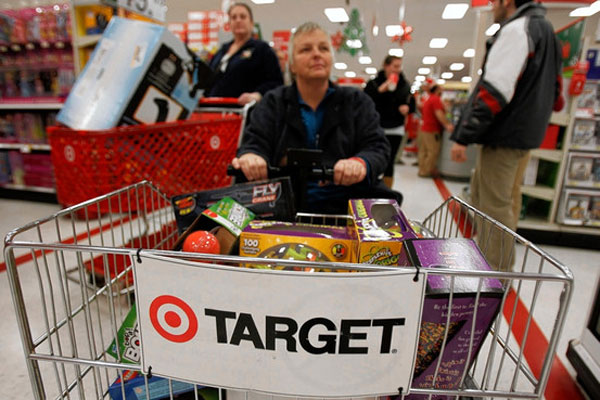 """Target asks vendors to help it fight """"showrooming"""""""