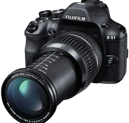 Fujifilm's DSLR-style X-S1 coming to  the US at $799.99