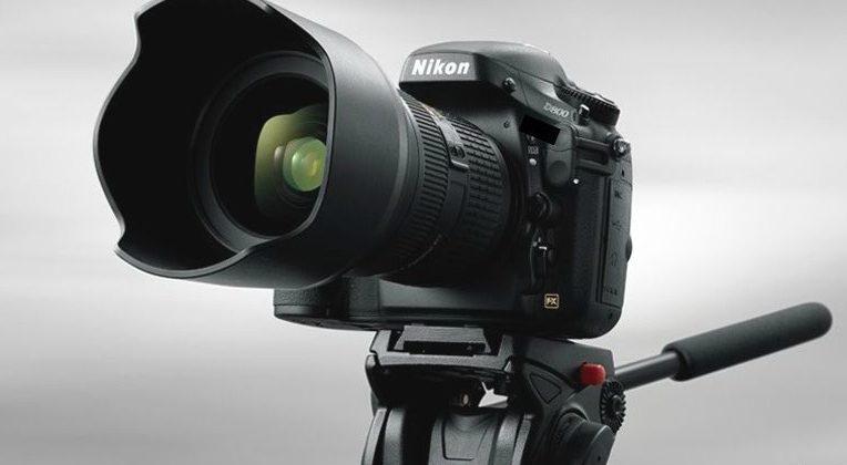 Nikon D800 and D800E DSLRs address low-pass filter debate
