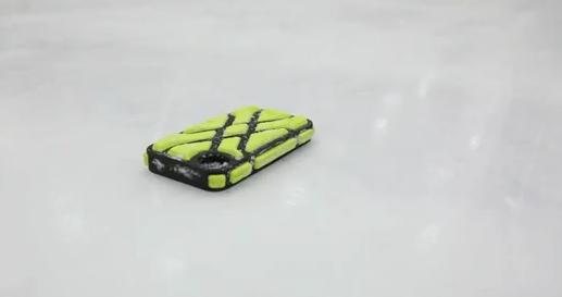 G-Form X Protect iPhone 4/4S case revealed, survives 82 mph slapshot