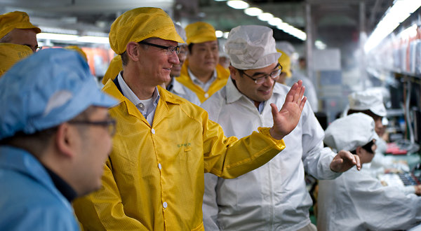 Apple CEO Tim Cook tours Foxconn factory in China