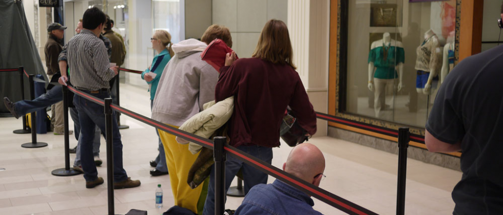 Why I Wouldn't Stand In An iPad Line (But Get Why Others Do)