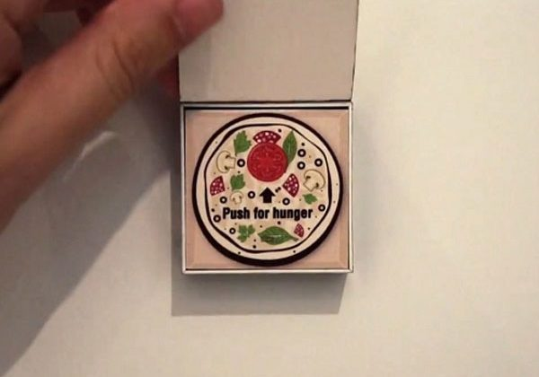 Pizza ordering Bluetooth fridge magnet offers one click snackage