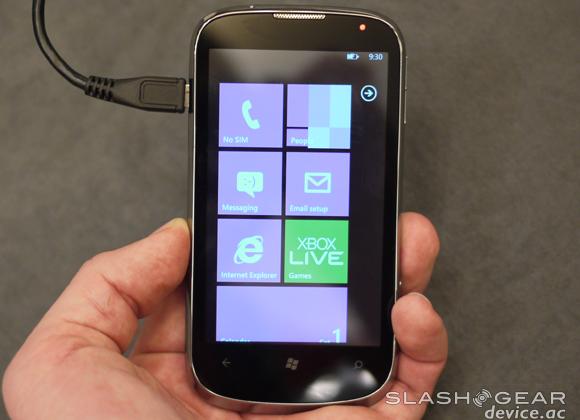 Windows Phone 7.5 Refresh tipped to Tango