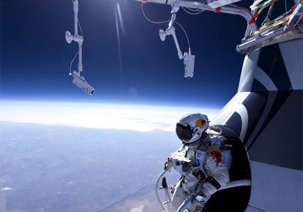 Felix Baumgartner survives practice jump from 13 miles up