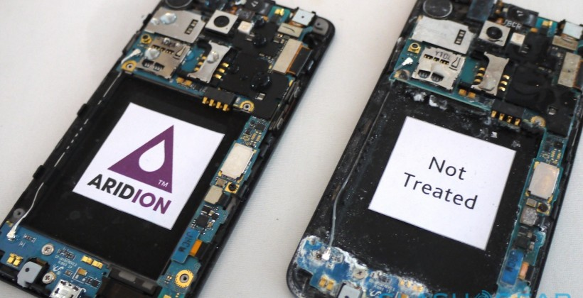 P2i Aridion phone nano-waterproofing hands-on