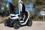 Renault channels Steve Jobs: You don't know you love our electric buggy yet