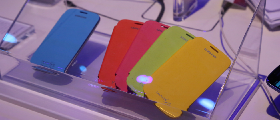 Samsung Galaxy S III accessories get early hands-on