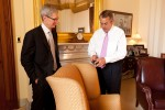 Apple CEO paves lobbying path on Capitol Hill
