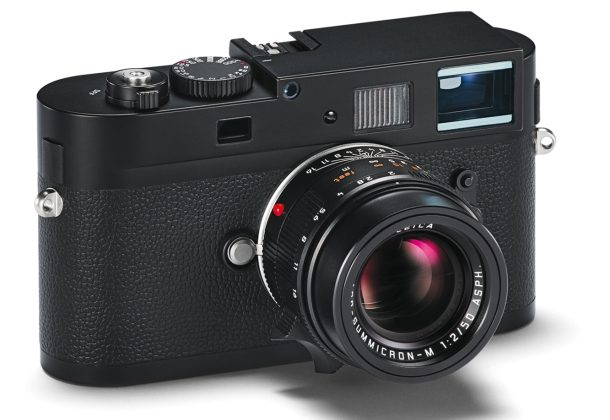 Leica M Monochrom shoots only black and white
