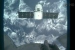SpaceX Dragon parks 30m off Space Station as docking nears