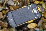 jcb_toughphone_review_sg_2