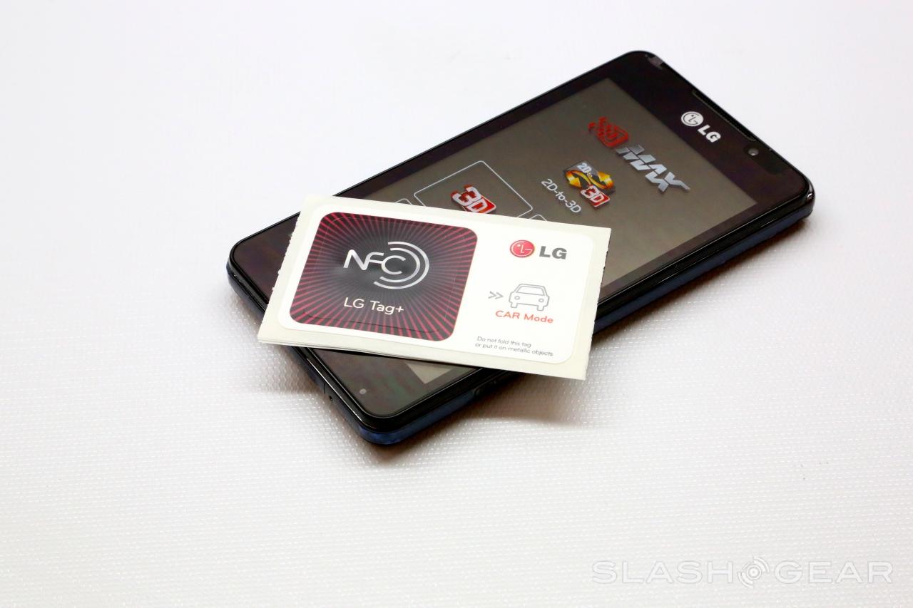 LG 3D Max first-impressions - SlashGear