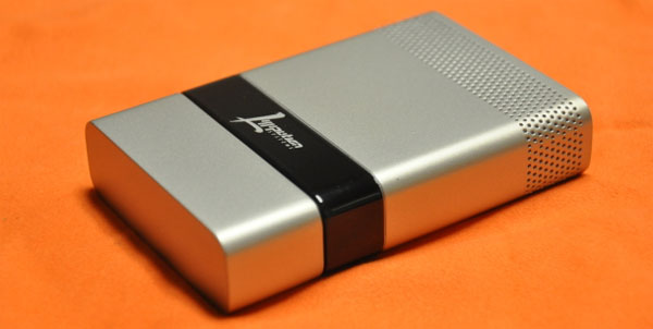 Lilliputian Systems USB fuel cell heading to Brookstone