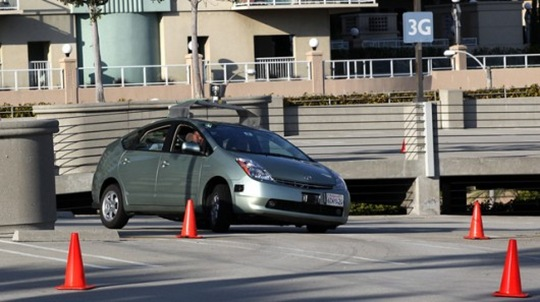 Back to Basics: How Google's driverless car stays on the road