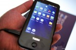 Samsung Tizen dev device caught on camera