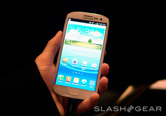 Samsung Galaxy S III hands-on with TouchWiz