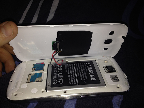 Samsung Galaxy S III modded for Touchstone charging