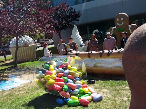 Android Jelly Bean statue appears at Googleplex [UPDATE]