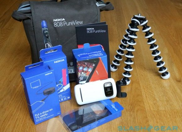 Nokia 808 PureView pre-order hits Amazon UK