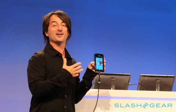 Microsoft demos prototype Nokia Windows Phone 8