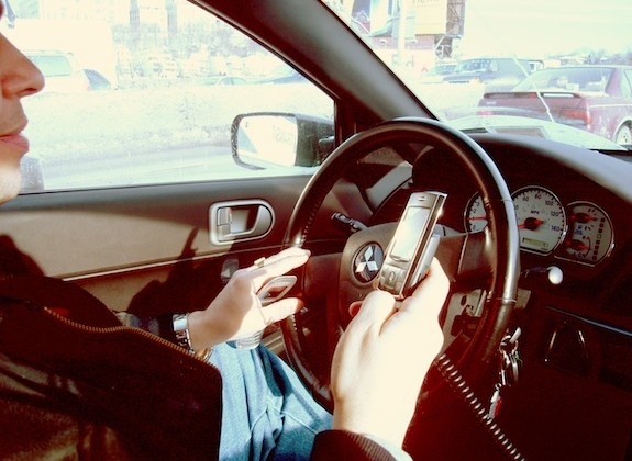 Indian researchers invent RFID device that can block a driver's cell phone