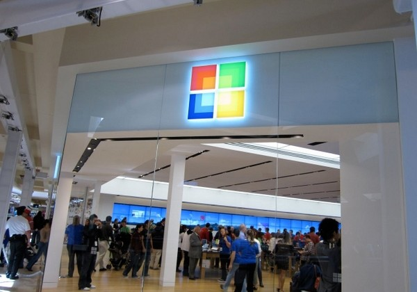 Microsoft to have 44 retail stores by next June
