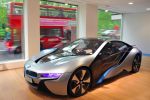 BMW i Flagship Store opened in London with full showroom