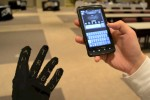 Gauntlet keyboard-glove is ideal Google Glass finger foil