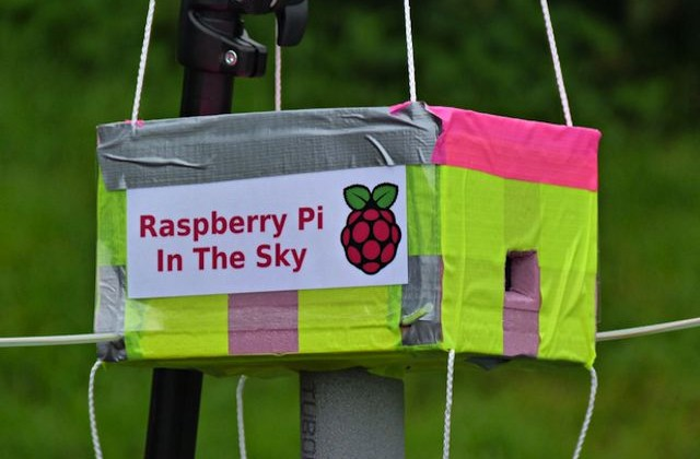 Raspberry Pi gets launched into atmosphere to take near-space pictures