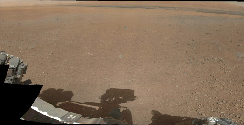 New Mars Photos from Curiosity bring 360 color panorama