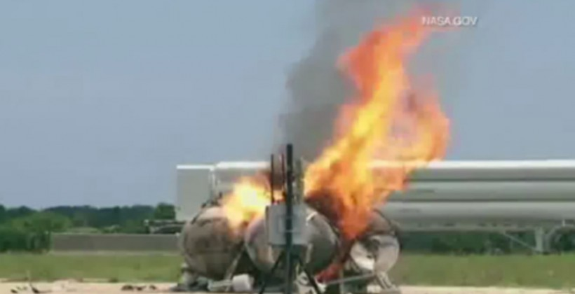 NASA Morpheus moon lander explodes in flight testing