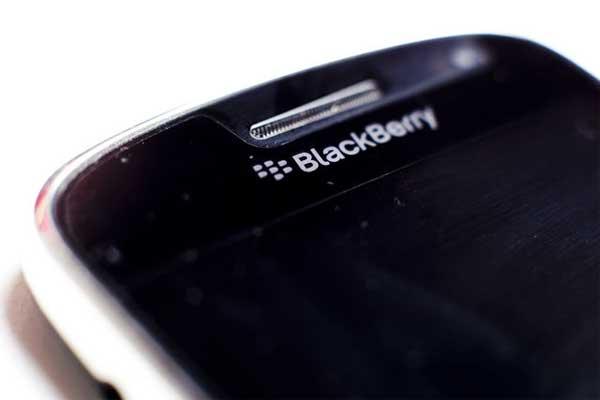 IBM considering RIM grab tips insider
