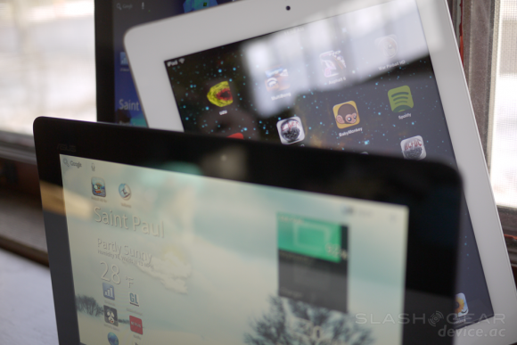 """iPad dominance grows: Apple could be """"default"""" choice amid tablet gush"""