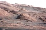 Curiosity beams back new images from Mars