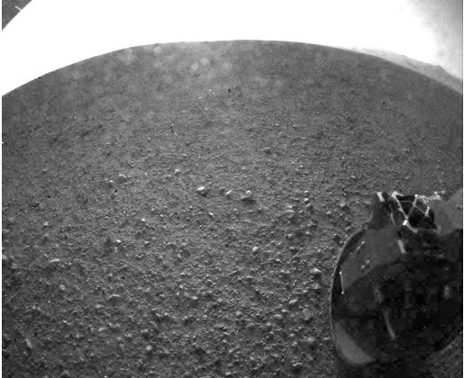 NASA Curiosity sends back more detailed view of Mars
