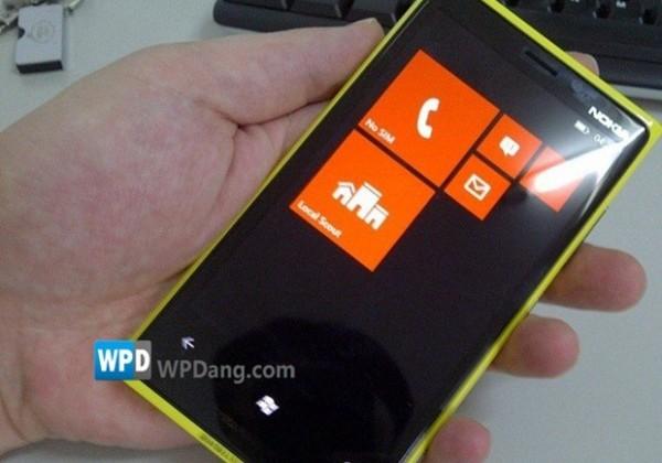 Nokia Windows Phone 8 prototype reportedly leaks