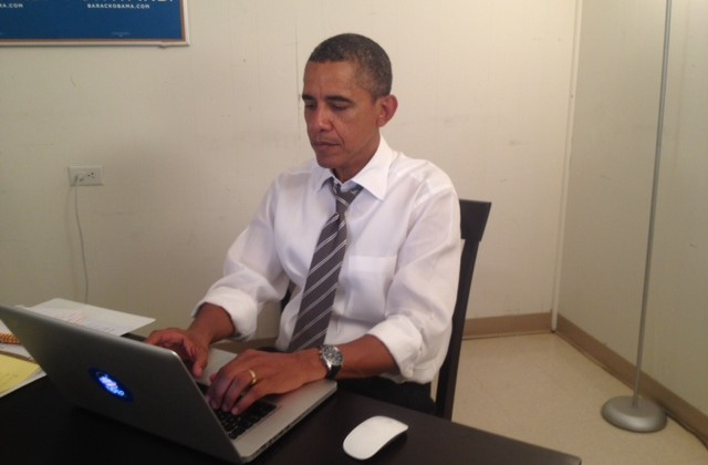 Barack Obama answers all questions on Reddit, crashes site