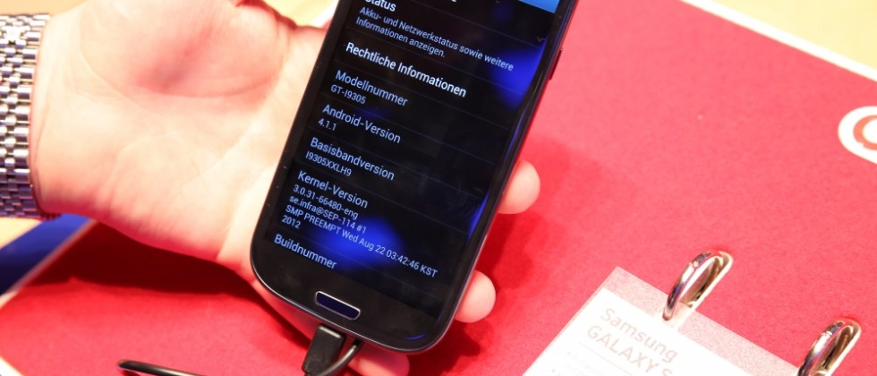 Samsung Galaxy S III at IFA offers Jelly Bean and hands-on