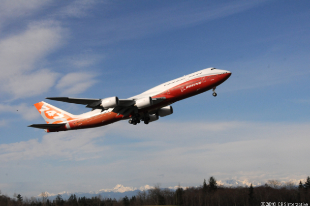 Boeing Airplanes set to allow cell phone use in 2013