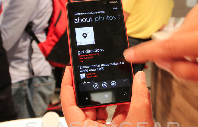 Nokia Lumia 820 get bumpers-laden Active Shells