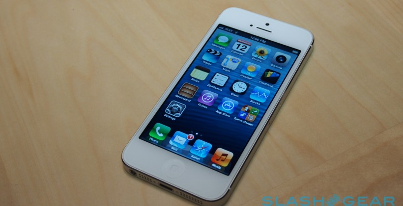 Cricket adds iPhone 5 to pre-paid lineup