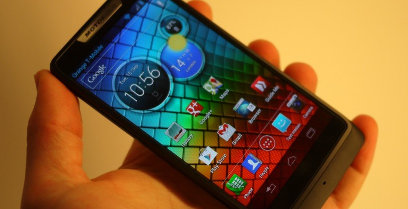 Motorola RAZR i Hands-on