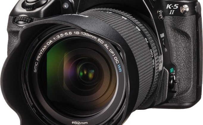 Pentax K-5 II and K-5 IIs offer DLSR with or without anti-aliasing